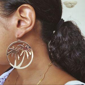 Jewelry - PALM TREE HOOP 🌴